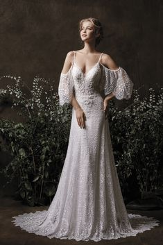 7479096e9a9 Etre Bridal Wedding Dress and Gown Collection