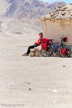 Bicycle touring in Ladakh, India