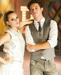 New Disney Channel Shows, Spanish Tv Shows, Celebrity Stars, Son Luna, Disney Films, It Cast, Idol, Actors, Silhouette Art