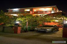 Vila Nada. www.nocowanie.com.hr Zapraszamy do komfortowych i kompletnie wyposazonych apartmanetów, znajdujących się w elitarnej dzielnicy historycznego miasta Zadar.