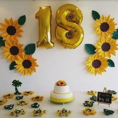 Paper Flowers: 50 Inspirations and Steps to Use in Flower Decoration - birthday - Planejamento de Eventos Sunflower Birthday Parties, Sunflower Party, 18th Birthday Party, Birthday Gifts, Diy Birthday Decorations, Paper Flowers, Party Time, First Birthdays, Balloons