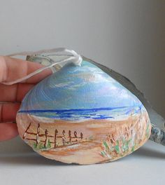 Painted Shell... Bobbi - I need Logan to paint me some of these!!