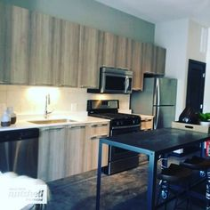 Come move to #WickerPark and check out these amazing studios, 1beds, & 2 beds #chicago #forrent #apartment @spacesinchicago #citylife PM me for details!