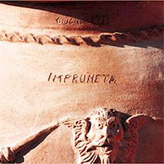 Seibert & Rice is the leading American importer of handmade terracotta planters and urns from Impruneta, Italy.