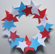 Preschool Summer Craft Projects | Star Wreath 4th of July Craft For Kids