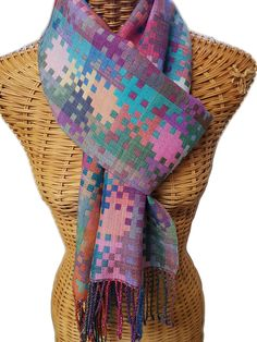 Summer Nights - Silk geometric scarf, handwoven Tablet Weaving, Loom Weaving, Hand Weaving, Geometric Designs, Geometric Shapes, Woven Scarves, Weaving Patterns, Tapestry Weaving, Summer Nights