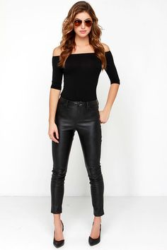 Give 'em a wink, that pretty smile, and a little shoulder in the Upstage Black Off-the-Shoulder Top! An elastic neckline secures a cute off-the-shoulder fit with black jersey knit falling into fitted half sleeves, and a body-skimming bodice.