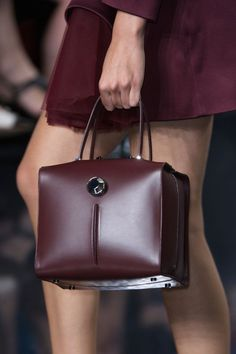 Christopher Kane Spring 2015- Nice to see a stunning handbag in marsala.  #pantone 2015