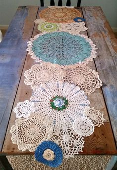 Spring Table Runner from Lace Doilies for Country Cottage Decor Doilies Crafts, Lace Doilies, Crochet Doilies, Framed Doilies, Scarf Crochet, Crochet Lace, Crochet Projects, Sewing Projects, Craft Ideas
