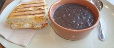 Easy, delicious and healthy Panera Black Bean Soup recipe from SparkRecipes. See our top-rated recipes for Panera Black Bean Soup. Delicious Restaurant, Restaurant Recipes, Black Bean Soup, Black Beans, Just In Case, Just For You, Bean Soup Recipes, Panera Bread, Copycat Recipes