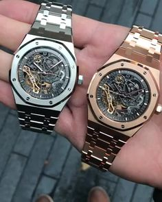 Double trouble 💀 Hard to choose between the two, but which one is your favourite? Amazing Watches, Cool Watches, Fossil Watches, Rolex Watches, Watches Photography, Audemars Piguet Royal Oak, Expensive Watches, Hand Watch, Leather Watch Bands