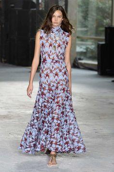 Giambattista Valli Spring 2018 Ready-to-Wear Fashion Show - Noortje Haak
