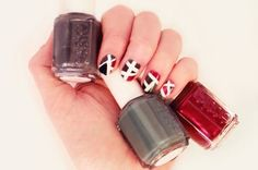 Show off your creative side with your manicure. Check out this modern DIY nail art tutorial that you and everyone you know is sure to love!