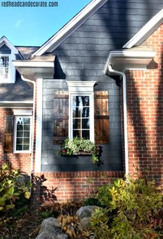 Best House Paint Colors, Outside House Paint Colors, Exterior Paint Colors For House, Siding Colors For Houses, Outdoor House Paint, Outdoor Paint Colors, Outside Paint, Home Exterior Makeover, Exterior Remodel