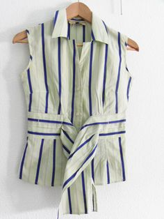 camisa de verano  Le Group Galerie  10€    Color :  Verde con líneas azules  Estado : Bueno (sin etiqueta) –Talla : 34  Temporada : verano /otoño  Cantidad:1  Contorno de busto: 86