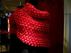 issey-miyake-pre-collection-fw-2013-bubble-red-scarf