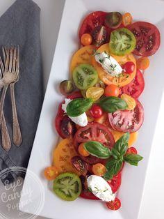 Meatless Monday: Quick heirloom tomato salad (vegetarian, vegan option, gluten-free, raw)