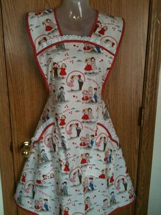 Handmade Retro Vintage L Plus Size Bib Apron Valentine Kids Hearts Love