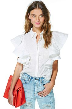 14 Stylish Ways To Get Ruffled Up #refinery29  http://www.refinery29.com/ruffles#slide14