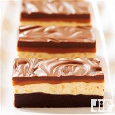 Chocolate Caramel Commotion Bars from Jif® will be Mom's new favorite dessert. With layers of chocolate, caramel, marshmallow cream, peanuts and butterscotch chips make this dessert the perfect recipe for Mother's Day.