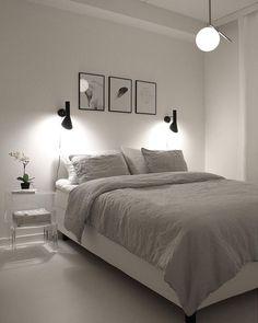 8 Kind Cool Tips: Minimalist Bedroom Gray Linens urban minimalist interior floors.Minimalist Bedroom Cheap Living Rooms minimalist living room with kids small spaces.Modern Minimalist Home Interior. Minimalist Room, Minimalist Home Decor, Minimalist Interior, Bedroom Ideas Minimalist, Minimalist Outfits, Minimalist Design, Minimal Bedroom, Bedroom Simple, Minimalist Wardrobe