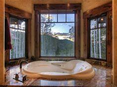 Stunning And Luxury Mountain Home Ja bih ovakav pogled iz kade ♥
