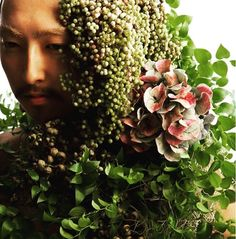work in sapporo #hikaruseino  #風間龍行  We are having people to be taken photos in order to make relationships between humans and natures.  人と自然との関係を広める為に撮影して頂いてもらってます  #ganon #hananingen #flower  #hair #flowerart #flowerdesign  #design #designer #fashion  #tokyo  #sapporo #花人間 #花 #東京 #arrangement  #bouquet  #flowershop #flowerstagram  #war #photo #art #message #peace #flowlarts #japan  #japaneseartist  #florist #florista Elves And Fairies, Flora, Crown, Nature, Plants, Naturaleza, Crowns, Corona, Crown Royal Bags