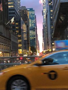 New York Life, Nyc Life, City Aesthetic, Travel Aesthetic, Ville New York, Empire State Of Mind, City Vibe, Photocollage, Dream City