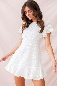 Aspley Flare Cuff Waist Tie Dress Beige - - Isabelle Angel Sleeve Empire Dress White Source by jonejoubert Elegant Dresses, Sexy Dresses, Casual Dresses, Short Sleeve Dresses, Dresses With Sleeves, Summer Dresses, Party Dresses, Wedding Dresses, Formal Dresses