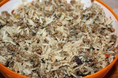 Ruokasurffausta: Lihapiirakka uunissa rahkavoitaikinaan - Peltilihapiirakka Grains, Food, Essen, Meals, Seeds, Yemek, Eten, Korn