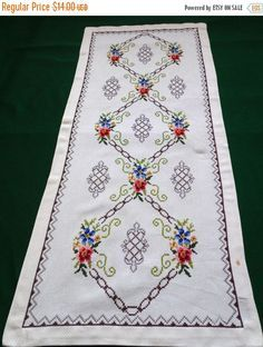 Lovely vintage table runner with beautiful handmade embroidery - cross stitch with floral pattern. very precise fine work In good vintage condition with