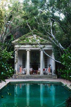 Richard Shapiro house  Los Angeles home of antiques dealer 3b4e2e599