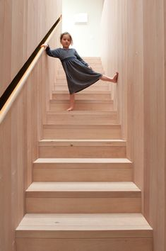 Articles about kid friendly home full surprises. Dwell is a platform for anyone to write about design and architecture. Timber Handrail, Timber Stair, Staircase Handrail, Wood Stairs, House Stairs, Stair Railing, Staircase Design, Handrail Ideas, Plywood Interior