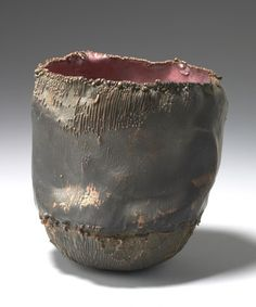 Artist: June Schwarcz, Vessel,
