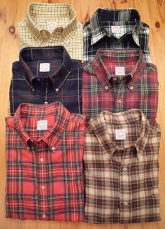 Plaid shirts are commonly worn by people of all genders. This is evidenced by how, if a person wearing a plaid shirt is thought to be a woman, they are presumed to be a butch lesbian. Lumberjack Style, Casual Wear, Men Casual, Check Shirt, Well Dressed, Casual Shirts, Style Me, Cool Outfits, Menswear