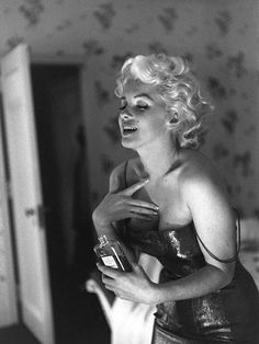 Marilyn Monroe the new face of Chanel No. 5, 50 years after her death. Impressive.
