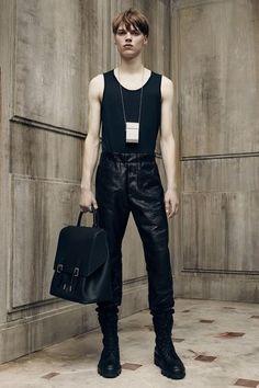 See the complete Balenciaga Spring 2016 Menswear collection.