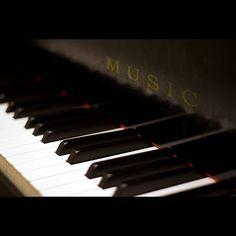 music    Please like, share, thanks :) http://ellahendersonmusic.com/