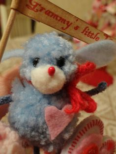 blue puppy by vivianneroni, via Flickr