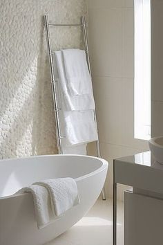 Badkamer 40 Pebble Tile Bathroom Ideas 23 – Kawaii Interior The Home Doctor Is In The Home Doctor ha Zen Bathroom, Laundry In Bathroom, Bathroom Renos, Bathroom Interior, Modern Bathroom, Small Bathroom, Bathroom Ideas, Minimal Bathroom, White Bathrooms