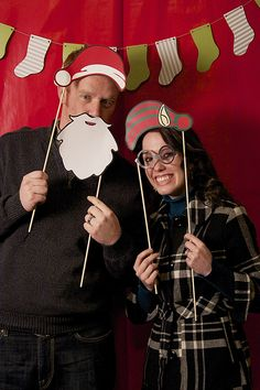 Printable holiday photo booth props for your christmas party!