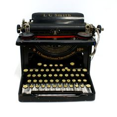 20s L.C. Smith Typewriter now featured on Fab.
