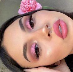 younique makeup looks eyeshadows Makeup Eye Looks, Eye Makeup Art, Pink Makeup, Girls Makeup, Eyeshadow Makeup, Pink Eyeshadow, Makeup Trends, Makeup Inspo, Makeup Inspiration