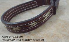 Rosshaar Armband Reiches schwarzem Leder mit Rosshaar von Knotatail