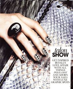 Cool dot manicure