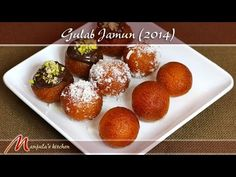 Gulab Jamun Recipe with step by step photos. This tried & tested easy gulab jamun recipe made with khoya or mawa yields delicious, soft, melt in the mouth gulab jamun. this gulab jamun recipe is easy for beginners too. Indian Dessert Recipes, Indian Sweets, Indian Recipes, Churros, Köstliche Desserts, Delicious Desserts, Sweet Desserts, Easy Gulab Jamun Recipe, Nutella