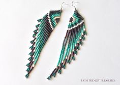 Boucles d'oreille Tissées en perles de rocailles Ailes stylisées Agatha : Boucles d'oreille par tatsi-trendy-treasures