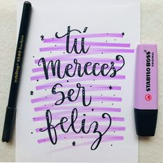 10 TIPS: Cómo Hacer Lettering Para Principiantes | Hola Lettering Bullet Journal Titles, Bullet Journal Aesthetic, Bullet Journal School, Book Journal, Hand Lettering Tutorial, Brush Lettering, Typography, Letters, Writing
