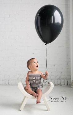 35 Ideas for baby boy birthday photography photo ideas Boy Birthday Photography, Toddler Photography, Newborn Photography Props, Balloons Photography, Photography Poses, First Birthday Pictures, Baby Boy First Birthday, Toddler Photos, Baby Boy Photos