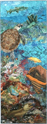 Susan Carlson: Created for my first book, Free-Style Quilts, this quilt is a slice of a coral reef from the sunlit zone at the top to the dark and dangerous bottom. Turtle Quilt, Ocean Quilt, Landscape Art Quilts, Hawaiian Quilts, Animal Quilts, Art Textile, Applique Quilts, Oeuvre D'art, Fiber Art